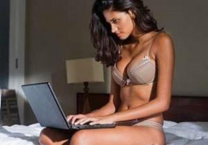 femme-ordinateur-image-438516-article-ajust_930