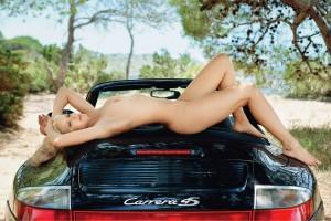 Lisa-Maarseveen-naked-Porsche